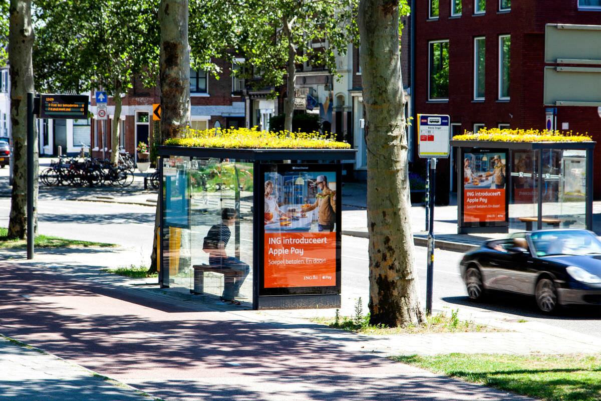 Photo of a green bus stop in Utrecht